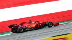 F1 GP Austria 2021, Spielberg: Carlos Sainz (Scuderia Ferrari) con gomme Pirelli Test