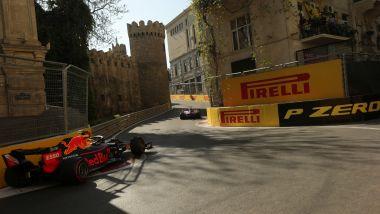 F1 GP Azerbaijan 2019, Max Verstappen approccia la difficile curva-8