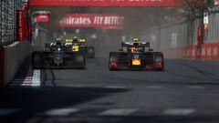 F1 GP Azerbaijan 2019, Pierre Gasly supera Magnussen nelle concitate fasi iniziali di gara