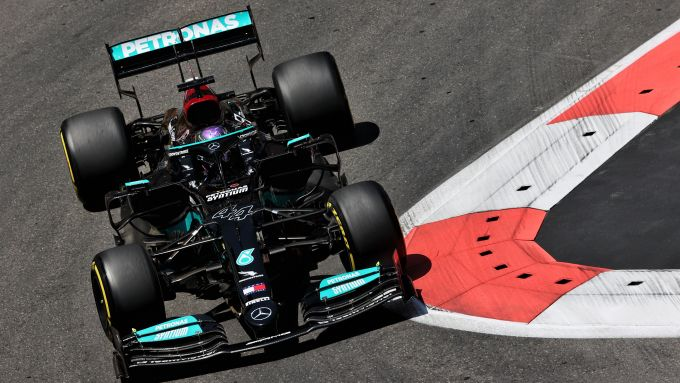 F1 GP Azerbaijan 2021, Baku: Lewis Hamilton (Mercedes AMG F1) in qualifica