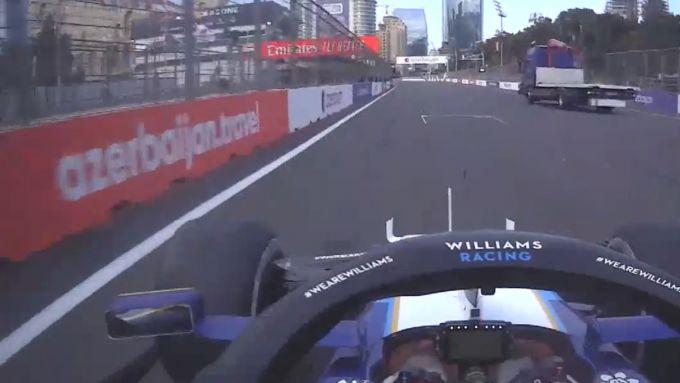 F1 GP Azerbaijan 2021, Baku: Nicholas Latifi (Williams) resta in pista in regime di Safety Car