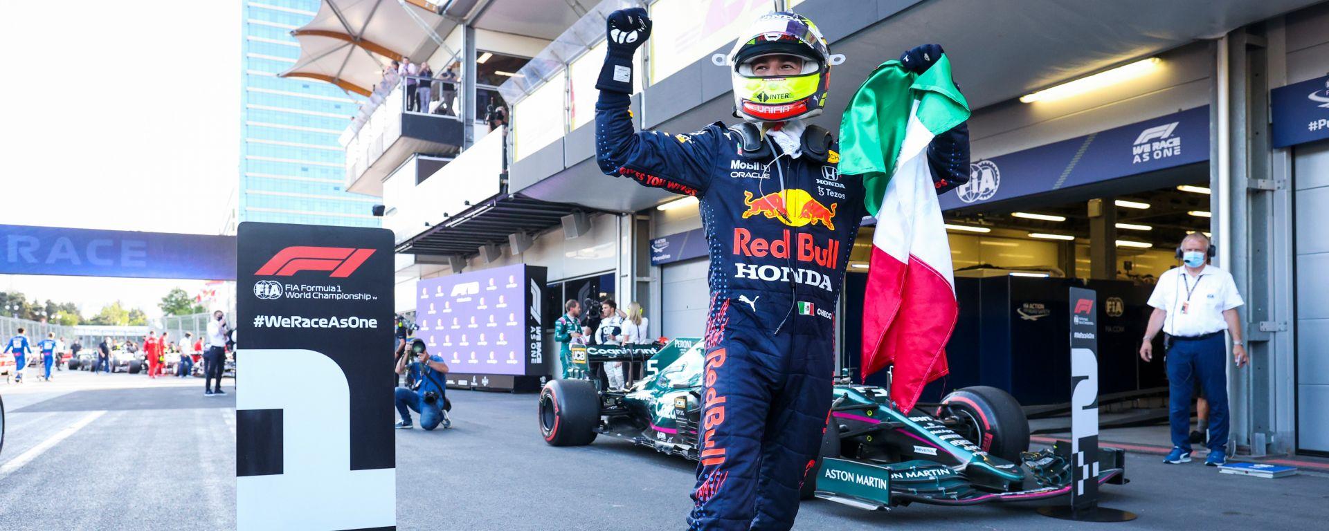 F1 GP Azerbaijan 2021, Baku: Sergio Perez (Red Bull Racing) esulta dopo il traguardo
