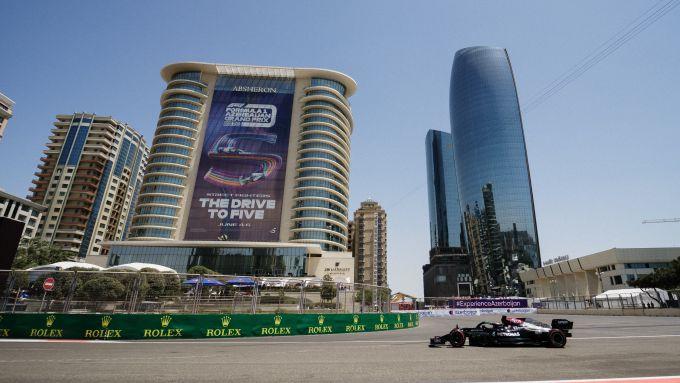 F1 GP Azerbaijan 2021, Baku: Valtteri Bottas (Mercedes AMG F1) in pista a Baku