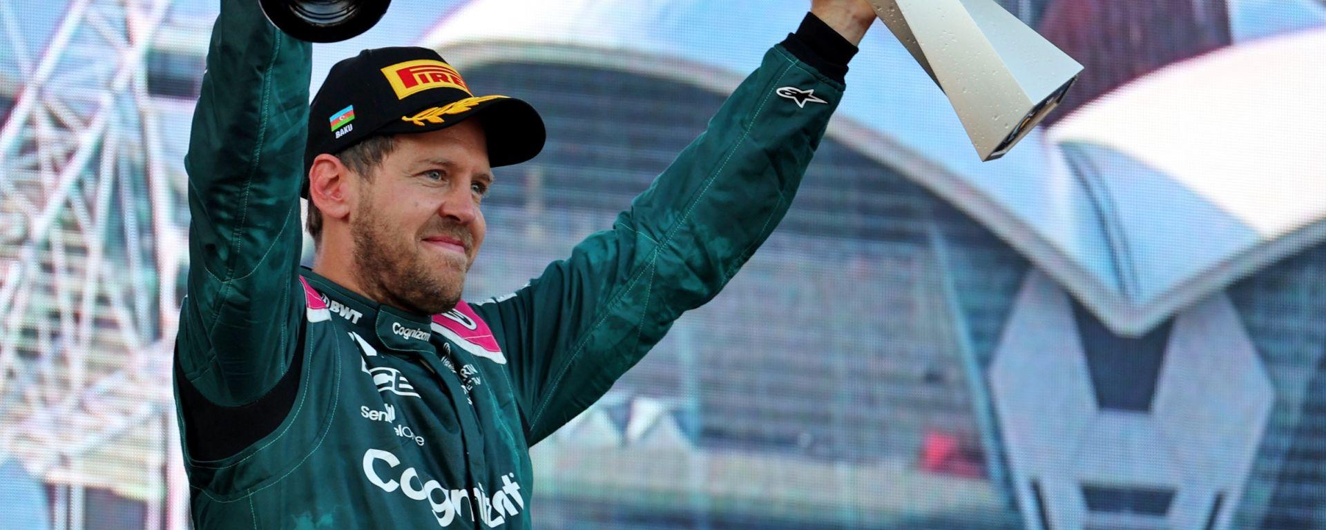 F1, GP Azerbaijan 2021: Sebastian Vettel sul podio