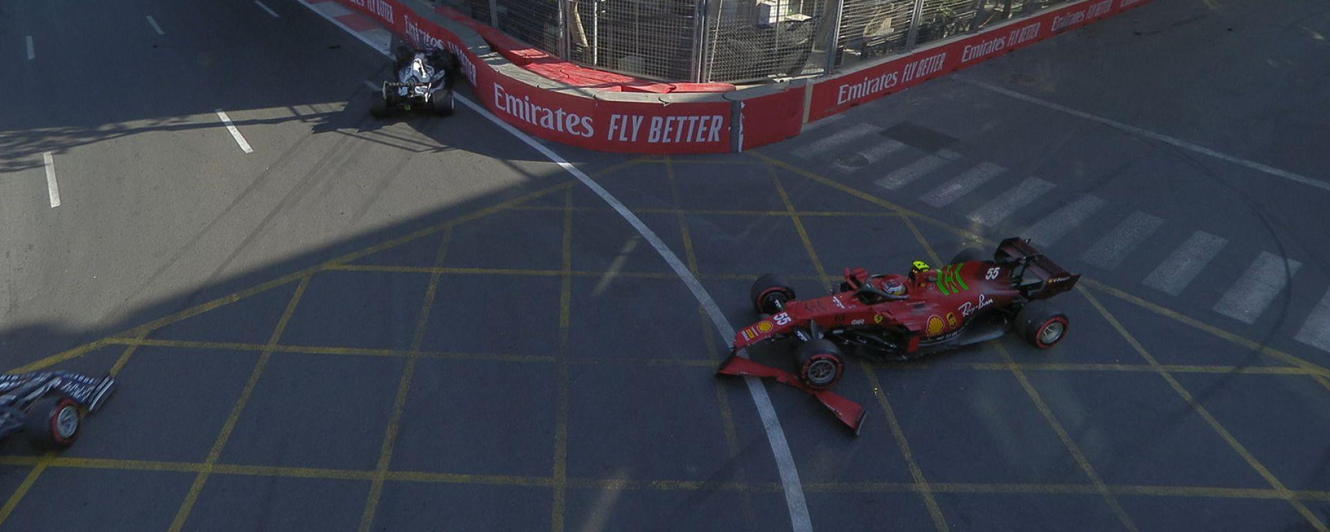 F1, GP Azerbaijan 2021: Yuki Tsunoda a muro e Carlos Sainz in testacoda nel finale della Q3