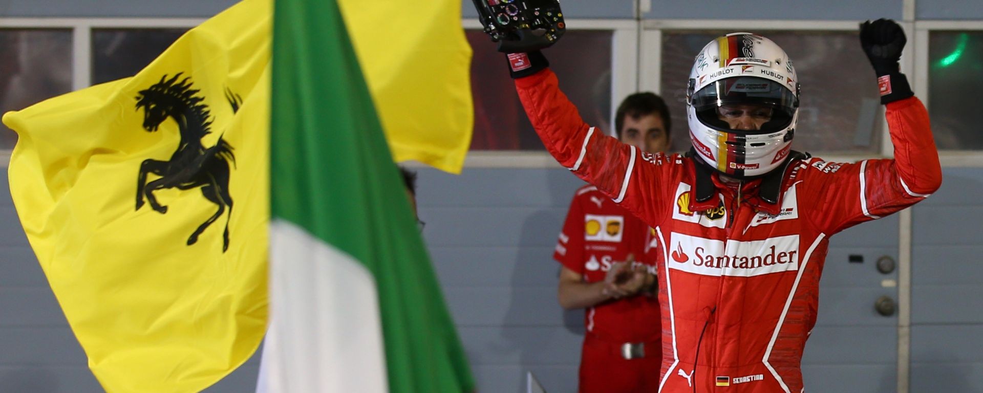 F1, GP Bahrain 2017: Sebastian Vettel (Ferrari) festeggia la vittoria