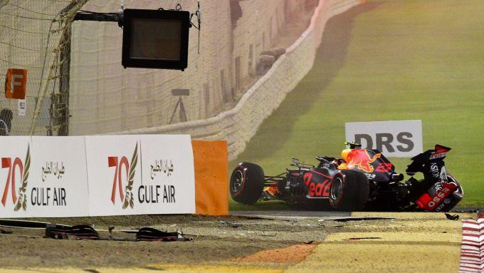 F1 GP Bahrain 2019, Sakhir: l'incidente di Alexander Albon (Red Bull Racing) nelle PL2