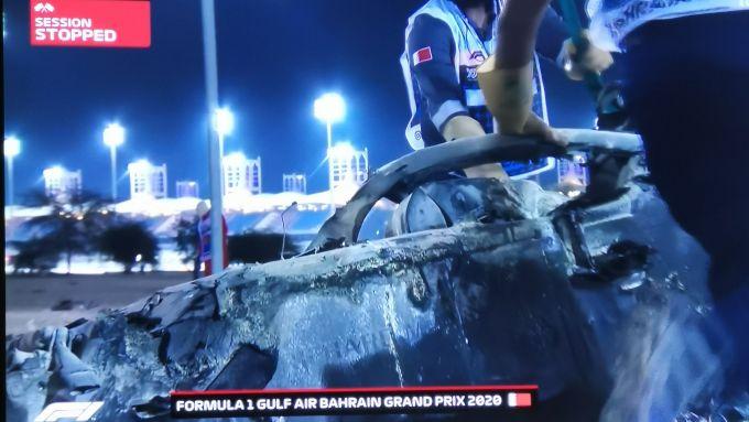 F1, GP Bahrain 2020: la parte anteriore della Haas di Romain Grosjean, con l'Halo ancora integro