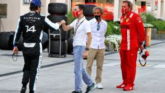 F1, GP Bahrain 2021: Fernando Alonso (Alpine) saluta Nicolas Todt