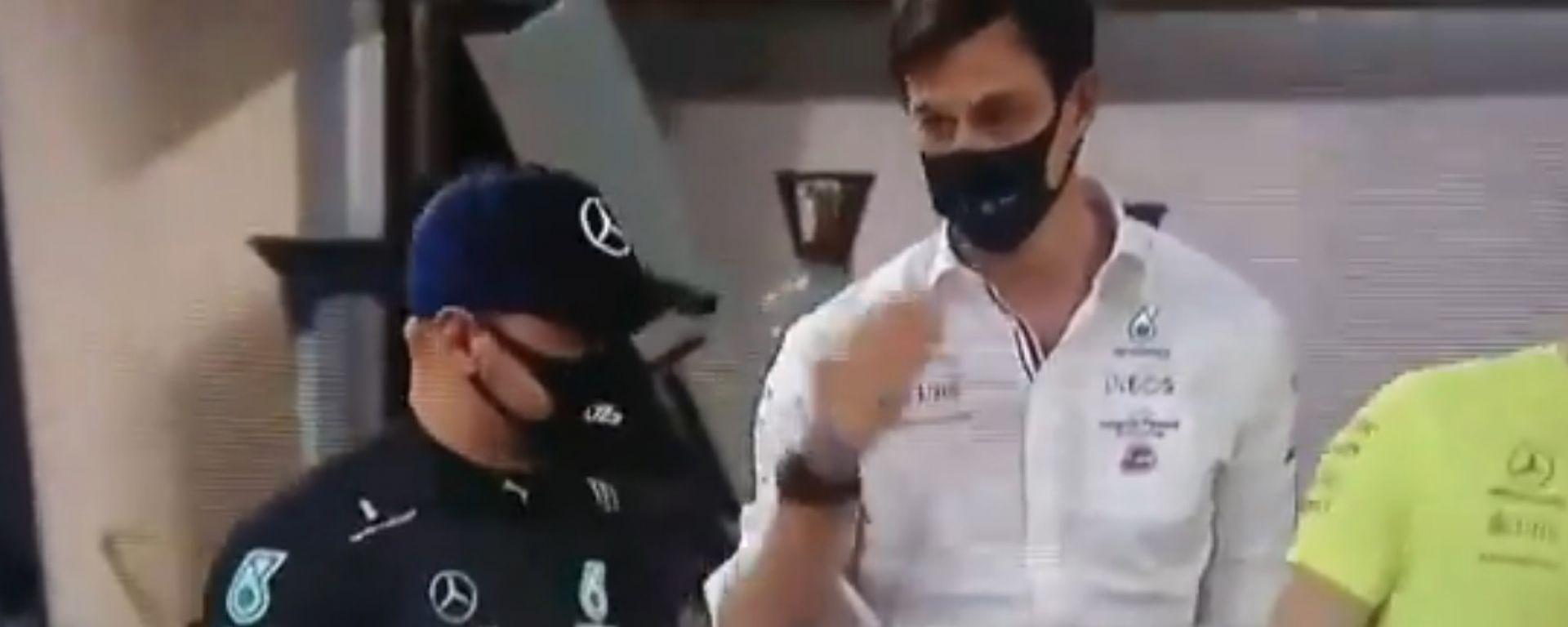 F1, GP Bahrain 2021: il gesto di Toto Wolff a Valtteri Bottas