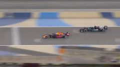 F1 GP Bahrain 2021, Sakhir: il momento in cui Verstappen cede la posizione a Hamilton