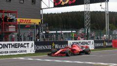 F1 GP Belgio 2018, Sebastian Vettel (Ferrari) transita sul traguardo per primo a Spa Francorchamps