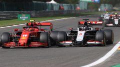 F1 GP Belgio 2020, Spa: Charles Leclerc (Scuderia Ferrari) in lotta con Romain Grosjean (Haas F1)