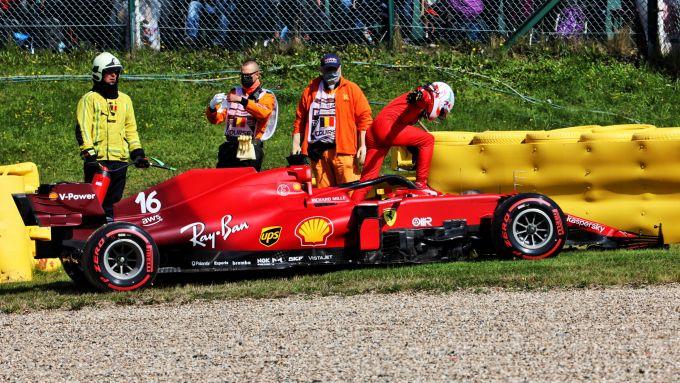 F1, GP Belgio 2021: Charles Leclerc (Ferrari) scende dalla sua vettura dopo l'incidente