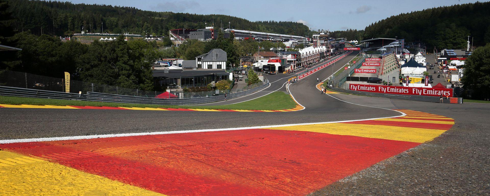 F1 GP Belgio, Spa-Francorchamps: la mitica curva Eau Rouge