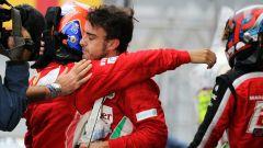 F1, GP Brasile 2012: Felipe Massa e Fernando Alonso (Ferrari) si abbracciano a fine gara