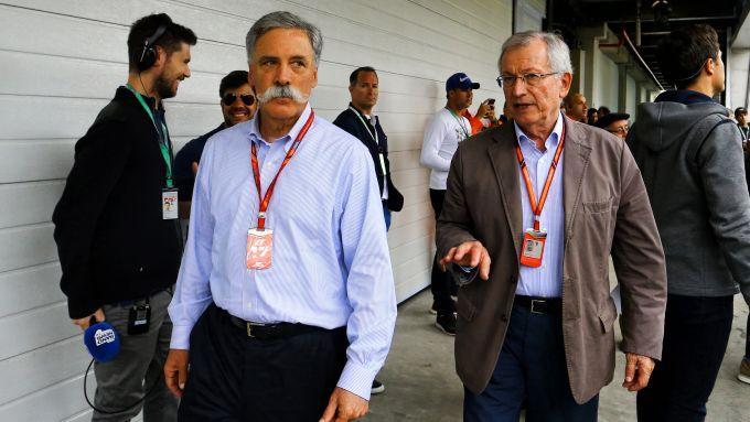 F1 GP Brasile 2017, Interlagos: Chase Carey (Liberty Media) e l'organizzatore del Gp, Tamas Rohonyi