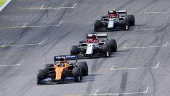 F1 GP Brasile 2019, Interlagos: Carlos Sainz (McLaren), Kimi Raikkonen, Antonio Giovinazzi (Alfa Romeo)