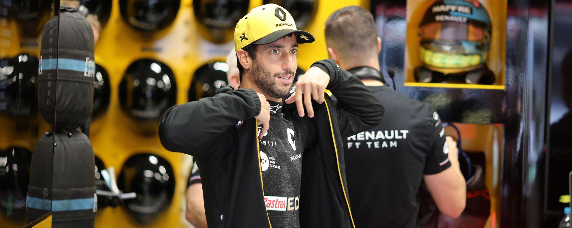 F1 GP Brasile 2019, Interlagos: Daniel Ricciardo nel box Renault