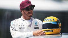 F1, GP Canada 2017: Lewis Hamilton (Mercedes) con il casco di Ayrton Senna