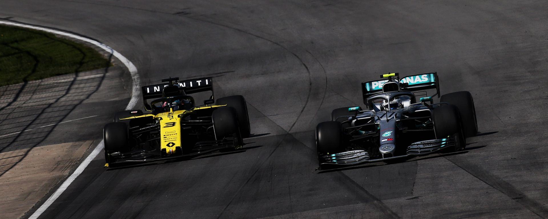 F1, GP Canada 2019: Daniel Ricciardo (Renault) e Valtteri Bottas (Mercedes)