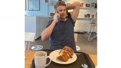 F1, GP Eifel 2020: Hulkenberg riceve la chiamata della Racing Point mentre fa colazione al bar