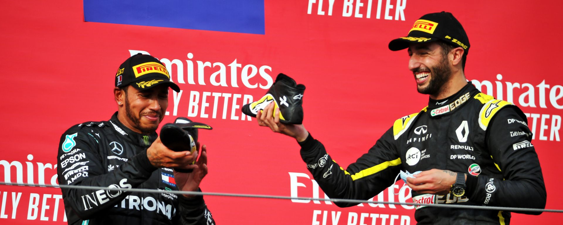 F1 GP Emilia Romagna 2020, Imola: Lo shoey sul podio di Hamilton (Mercedes) e Ricciardo (Renault)