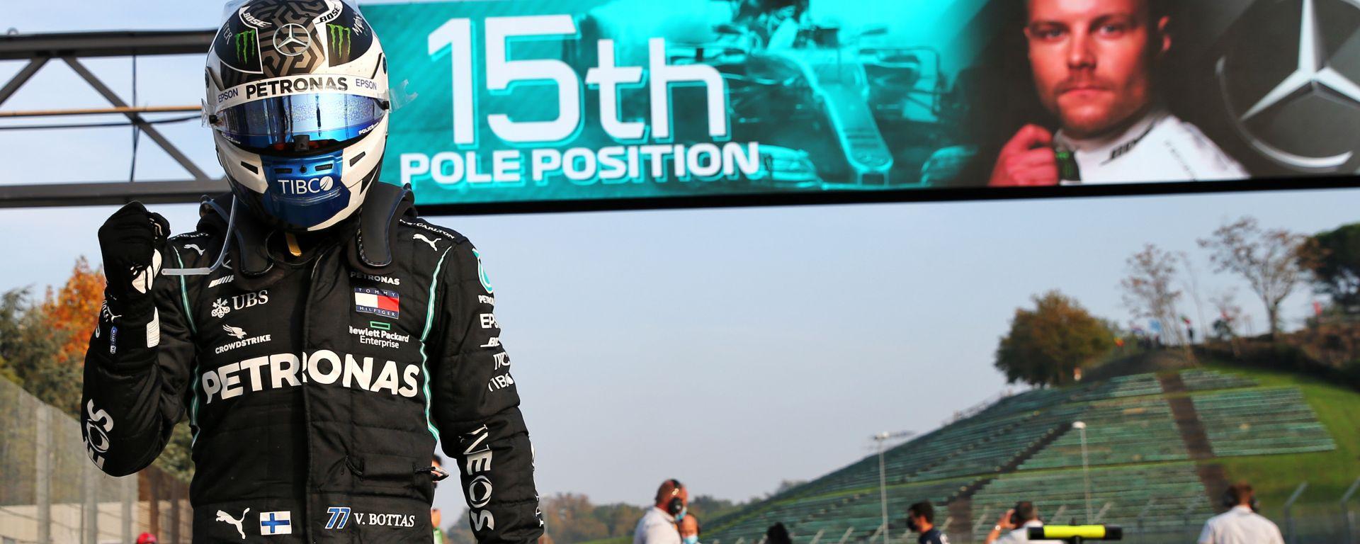 F1 GP Emilia Romagna 2020, Imola: Valtteri Bottas (Mercedes AMG F1) esulta dopo la pole