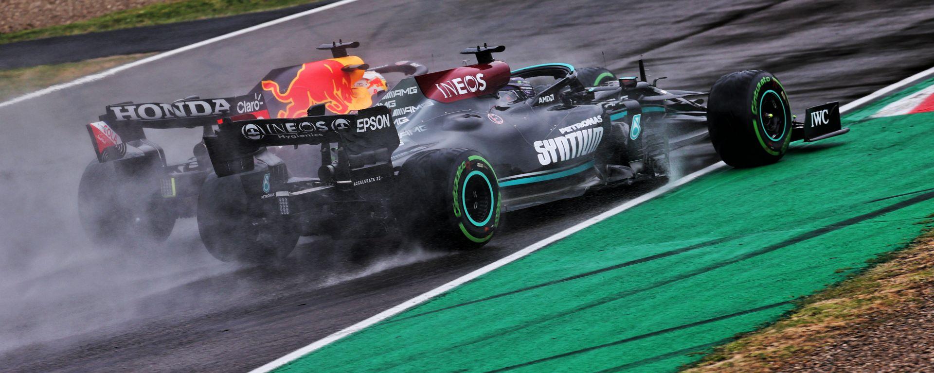 F1 GP Emilia Romagna 2021: Trionfo Verstappen, Hamilton sbaglia ma è 2° in rimonta