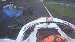F1 GP Emilia Romagna 2021, Imola: il contatto tra Mazepin (Haas) e Latifi (Williams)