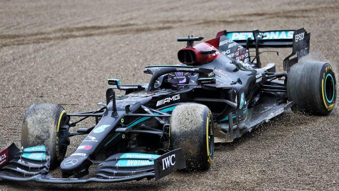 F1 GP Emilia Romagna 2021, Imola: l'errore di Lewis Hamilton (Mercedes AMG F1) alla Tosa