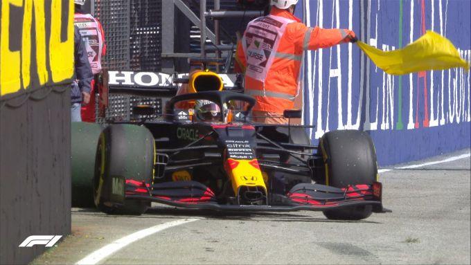 F1 GP Emilia Romagna 2021, Imola: Max Verstappen parcheggia la sua Red Bull RB16B