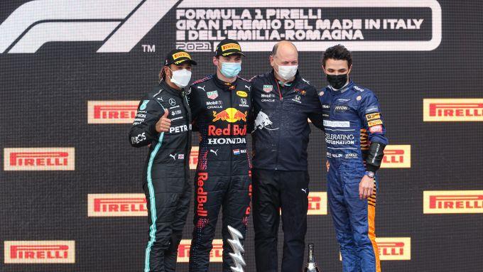 F1 GP Emilia Romagna 2021, Imola: Verstappen sul podio con Hamilton e Norris