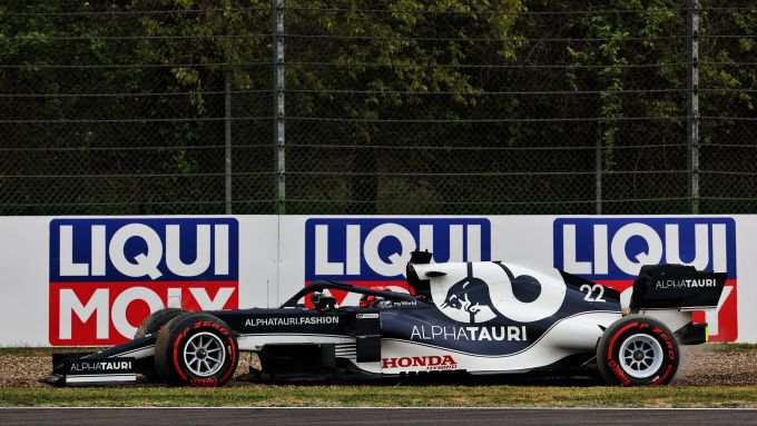 F1 GP Emilia Romagna 2021, Imola: Yuki Tsunoda (Scuderia AlphaTauri) in testacoda