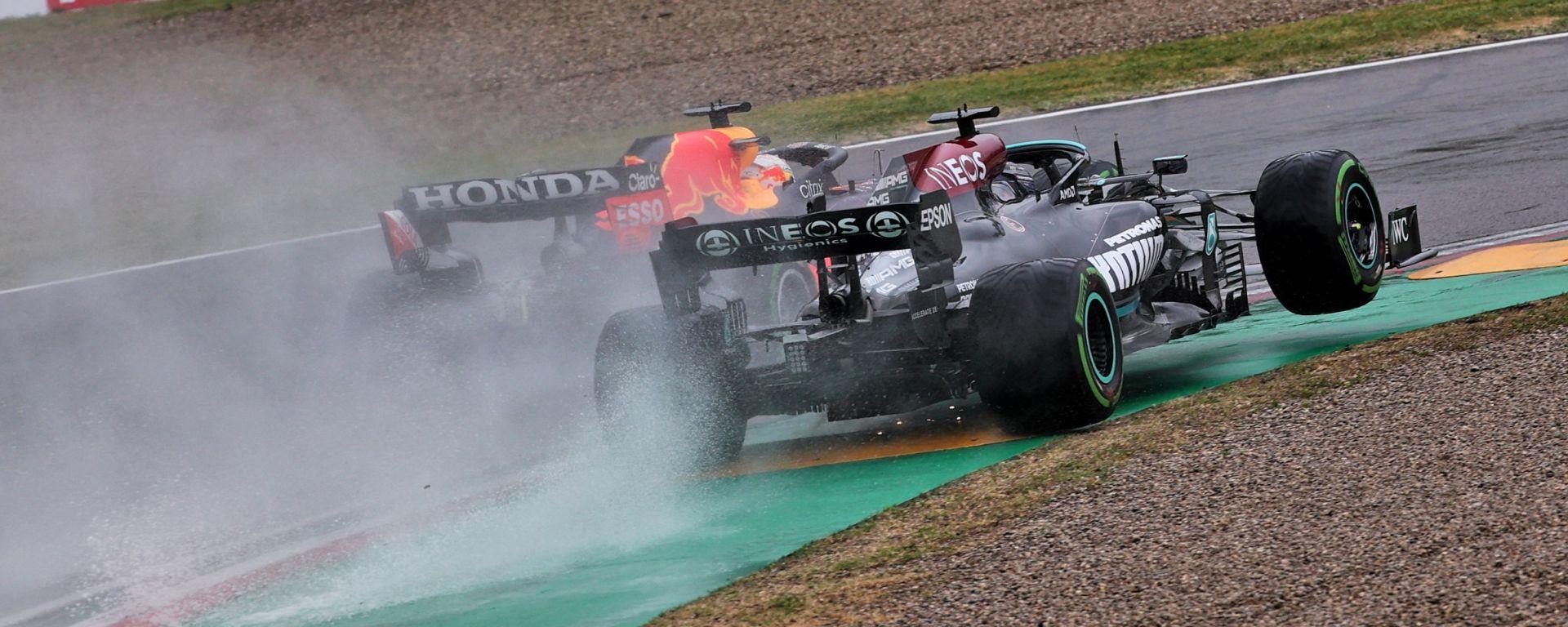 F1, GP Emilia Romagna 2021: Max Verstappen (Red Bull) e Lewis Hamilton (Mercedes)