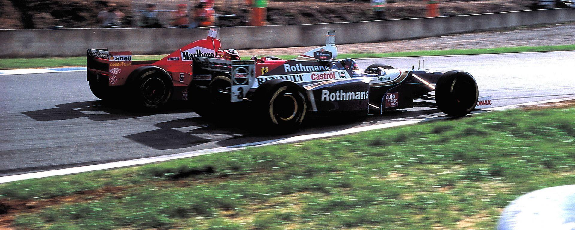 F1 GP Europa 1997, Jerez de la Frontera: Michael Schumacher (Ferrari) e Jacques Villeneuve (Williams)