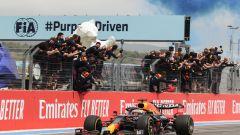 F1 GP Francia 2021, Gara: Verstappen beffa Hamilton!