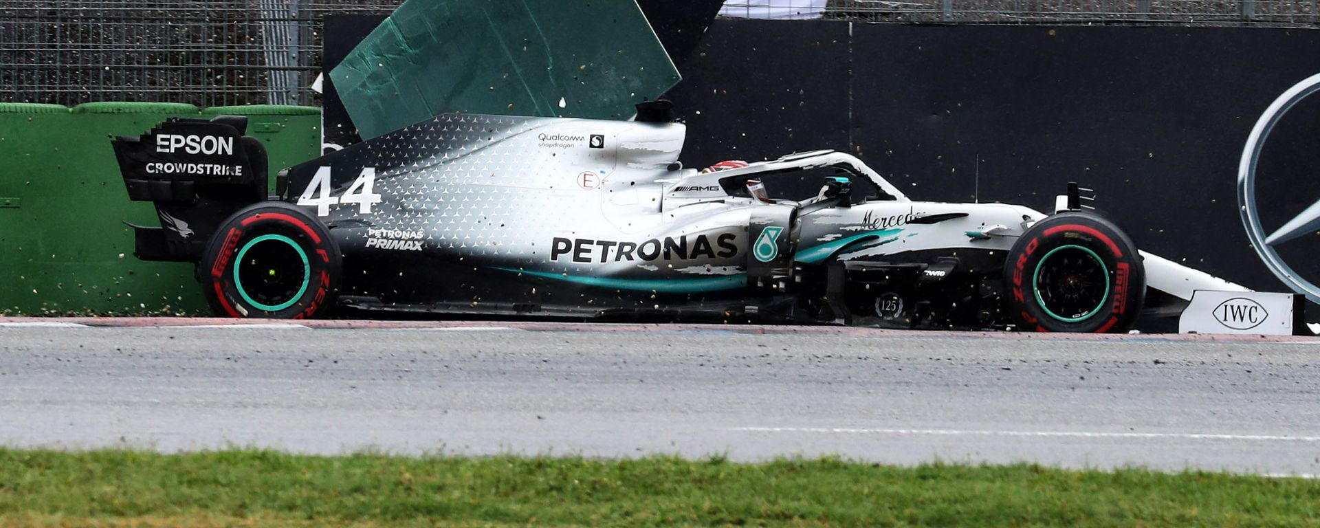 F1 GP Germania 2019, Hockenheim: l'incidente di Lewis Hamilton (Mercedes)