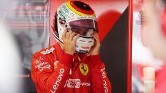 F1 GP Germania 2019, Sebastian Vettel si toglie il casco dopo la fine anticipata delle qualifiche