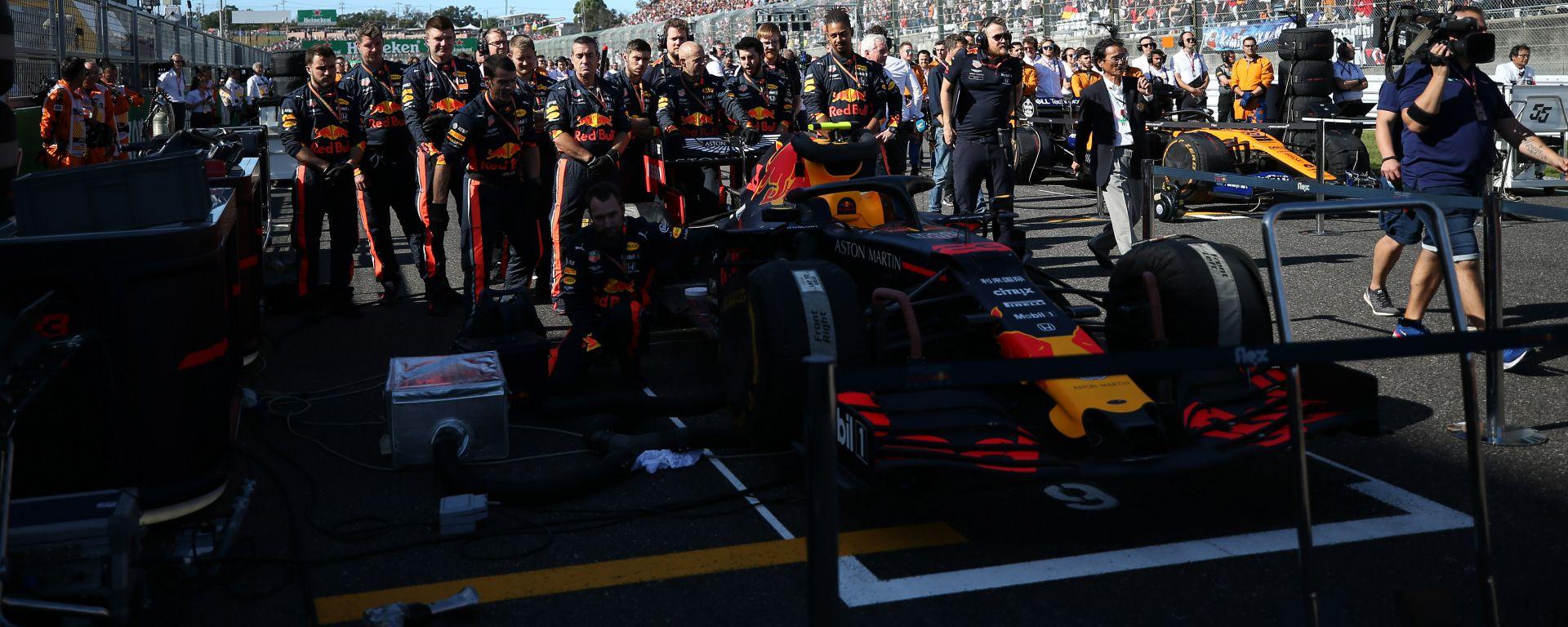 F1, GP Giappone 2019: il team Red Bull sulla griglia di partenza di Suzuka