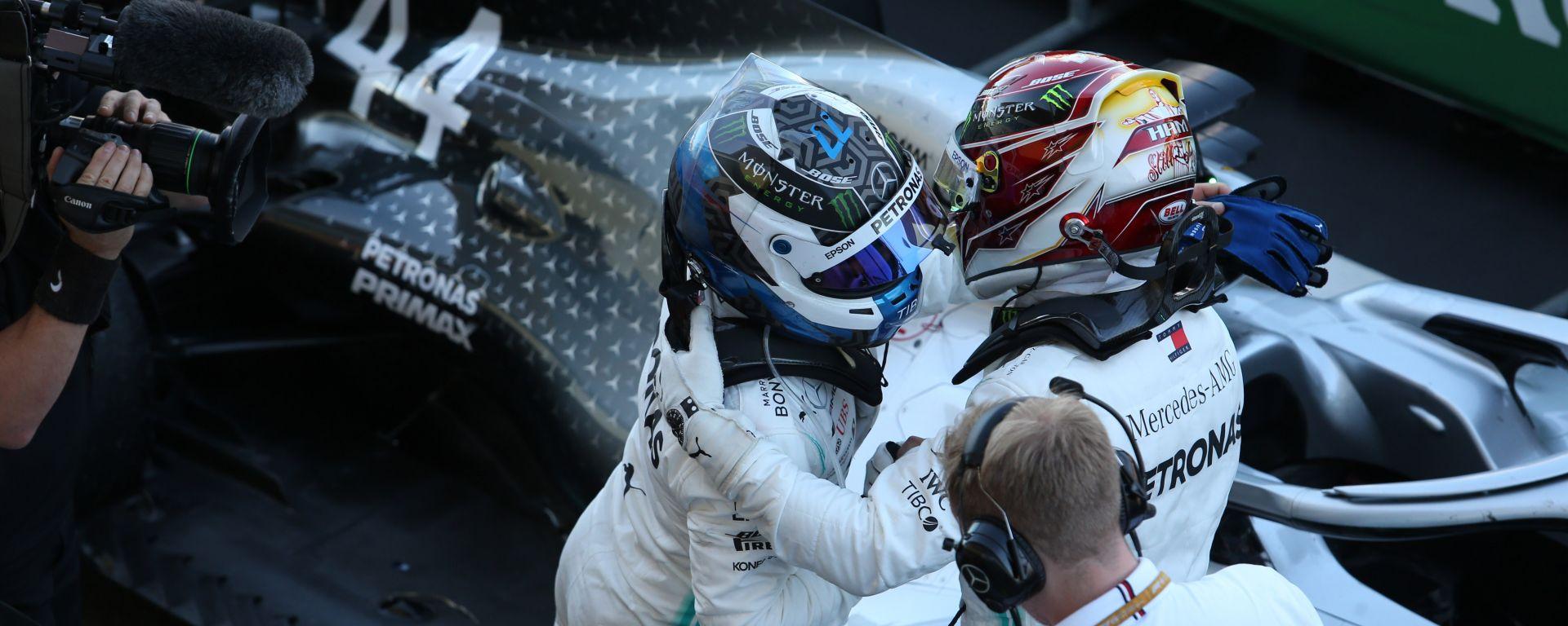 F1, GP Giappone 2019: Lewis Hamilton si complimenta con Valtteri Bottas