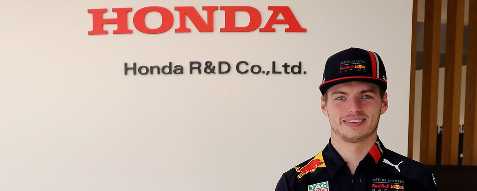 F1 GP Giappone 2019, Max Verstappen (Red Bull) in visita alla sede Honda