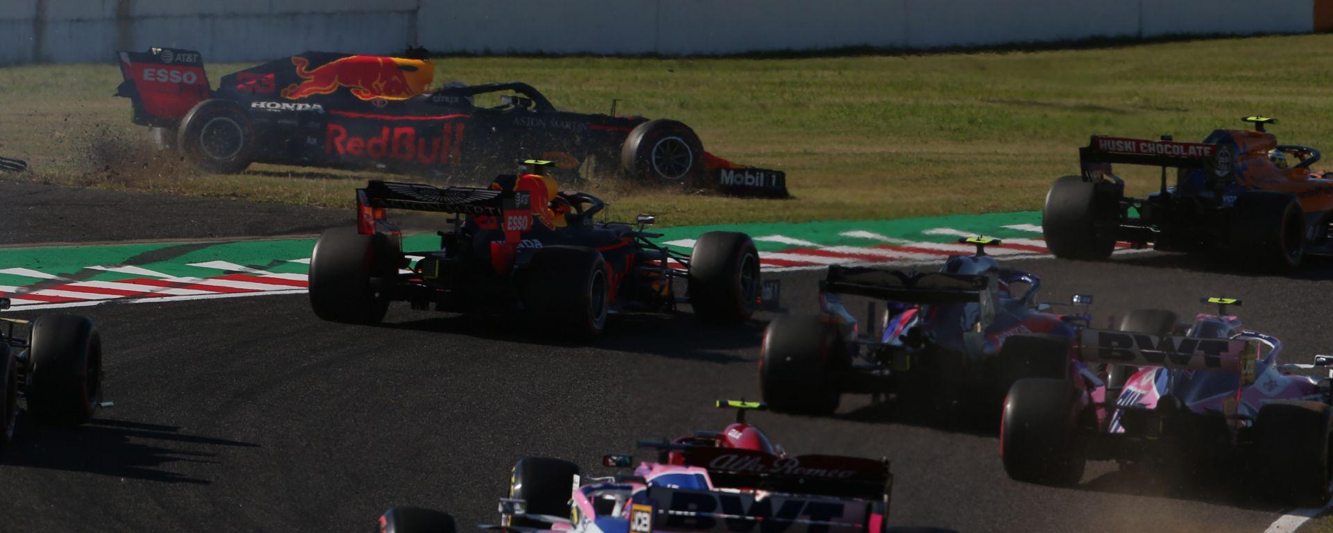F1 GP Giappone 2019, Suzuka: la delicata partenza di Albon e Verstappen (Red Bull)