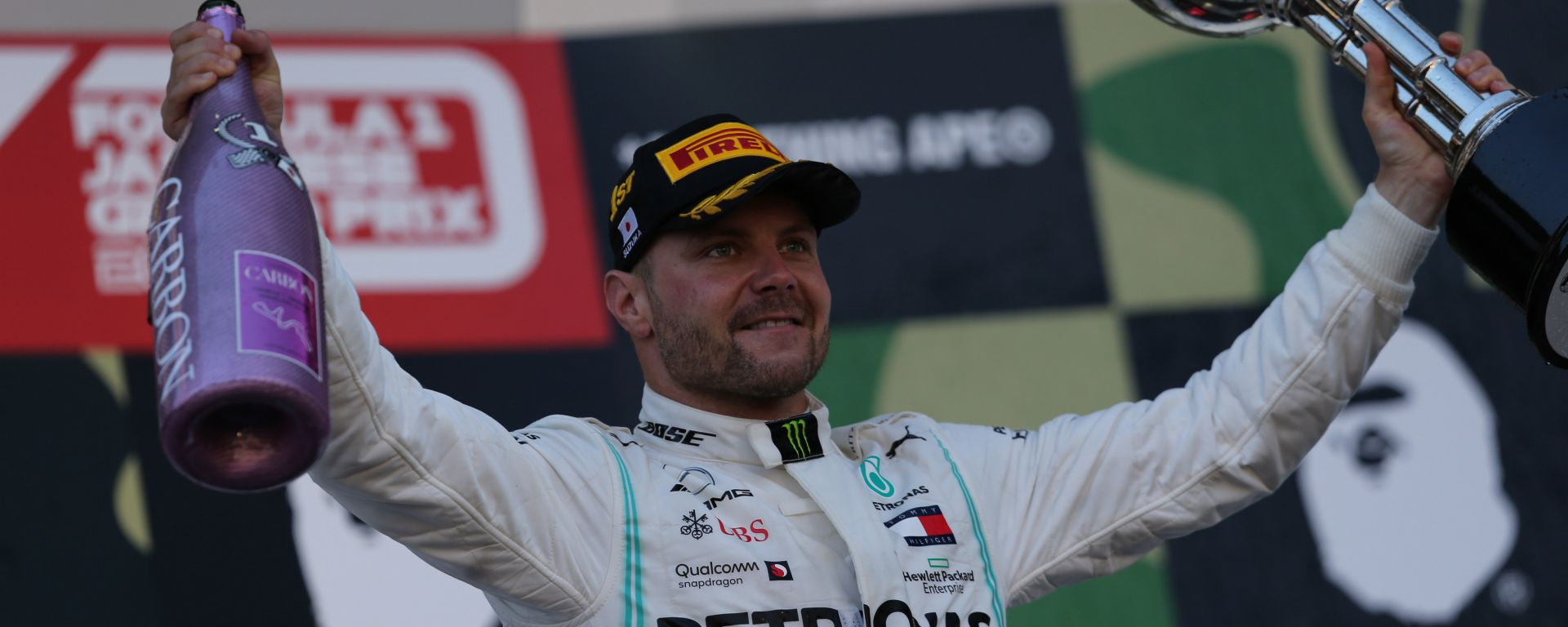 F1, GP Giappone 2019: Valtteri Bottas (Mercedes) sul podio di Suzuka