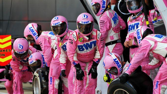 F1, GP Gran Bretagna 2020: il corpulento infiltrato messicano tra i meccanici di Stroll