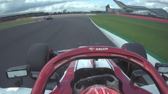 F1 GP Gran Bretagna 2020: Raikkonen (Alfa Romeo) e il sospetto impeding di Ocon (Renault)