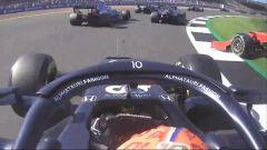 F1 GP Gran Bretagna 2021, Silverstone: Gasly (AlphaTauri) evita l'incidente con Sainz (Ferrari)