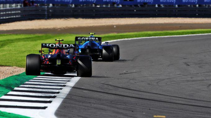 F1 GP Gran Bretagna 2021, Silverstone: Sergio Perez (Red Bull Racing) nelle retrovie del gruppo