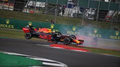 F1 GP Gran Bretegna 2019, il momento del contatto tra Vettel (Ferrari) e Verstappen (Red Bull)