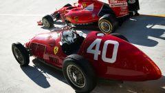 F1 GP Italia 2015, Monza: la Ferrari 166 F2 sulla Sopraelevata di Monza con la SF15-T del 2015